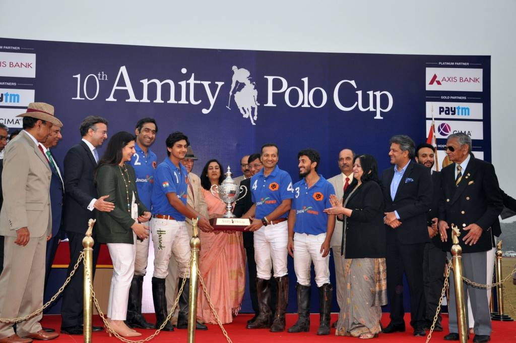 Team of Jindal Panther being awarded the Winners Trophy during Amity Polo Cup 2017