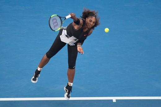 Serena Williams leads WTA rankings, Kerber behind at No. 2