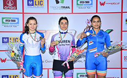 Aashu Sharma with Bronze in right Track Asia Cup