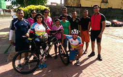 Vamini all set for the nine day long cycling expedition in Sri Lanka