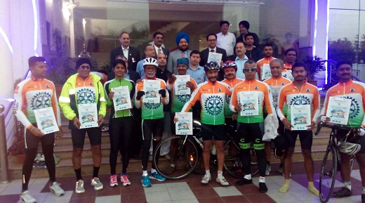 'Tour de Rotary' Kashmir to Kanyakumari cycle rally flagged off to create awareness about Swachh Bharat