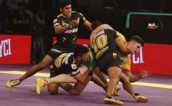 Pro Kabaddi League: Telugu Titans crush Patna Pirates 46-25