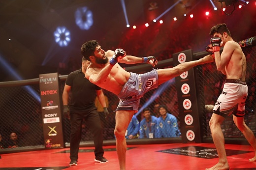 Players in action during Super Fight League feb12