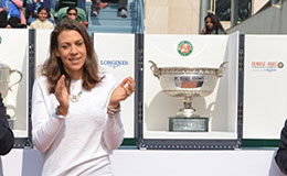Marion Bartoli with the French Open Trophies