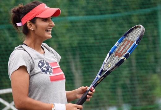 Australian Open: Sania advances in women's doubles, Bopanna beaten in men's doubles