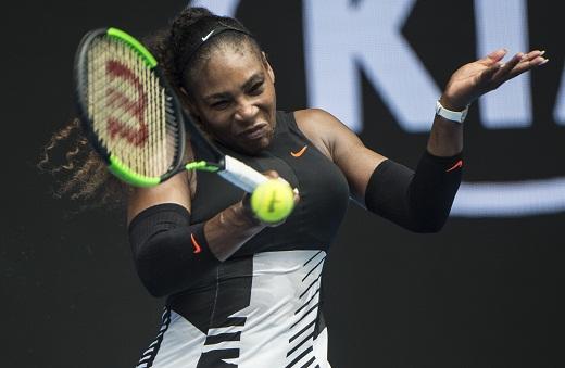 Serena advances to third round in Australian Open